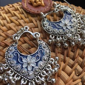 Jewelry - BEAUTIFUL BLUE & WHITE DANGLES